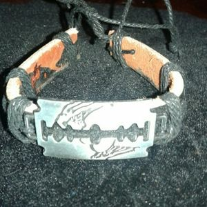 Other - Cool Razor Bracelet